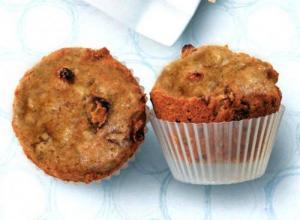 Oatmeal 'N' Raisin Muffins