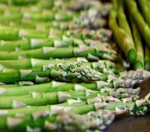 Seasons - Asparagus