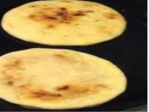 The Pupusa Vlog: The Aimless Cook Vlog