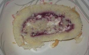 Strawberry Lemon Roulade