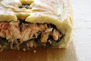 Salmon Luncheon Pie