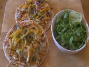 Chicken Fajita Flatbread Pizza