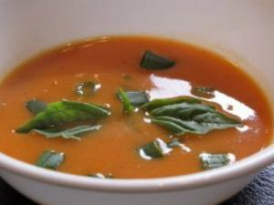 Creamy Tomato Soup with Basil And Beans