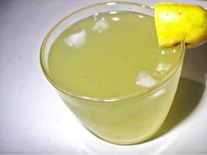 Simple Refreshing Sweet Lime Water
