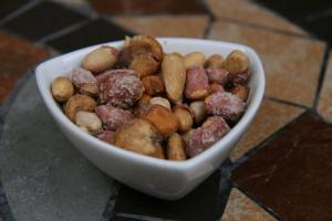 Seasoned Cocktail Nuts
