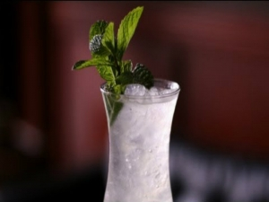 South Carolina Swizzle Cocktail