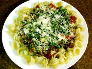 Anchovy and Vegetable Pasta Puttanesca