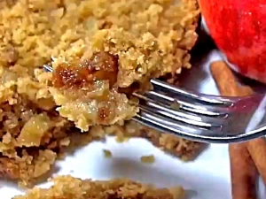 Apple Pie Bread- How to Make Soft, Moist Homemade Apple Pie Bread