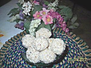 Puffed Rice Snowballs- A Zero Cholesterol Dessert