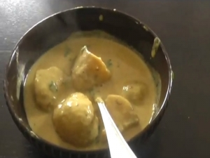 Dum Aloo / Indian Potato Curry