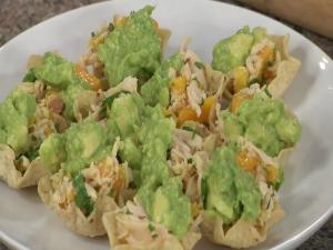 Mango Avocado Chicken Tostadas with Entwine Pinot Grigio
