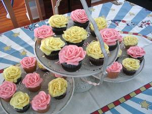 Mothers Day Bouquet of Cupcakes