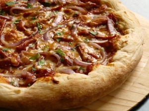 Chef Michael Does Bourbon Barbecue Pizza
