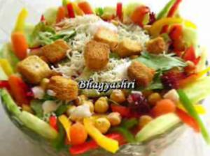 Healthy Garbanzo Beans and Ranch Salad