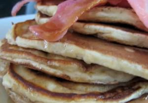 How to Make Pancakes with Bacon and Maple Syrup
