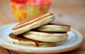 Bread Crumb Pancakes