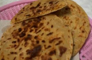 Puran Poli or Vermi or Obbattu/Hollige