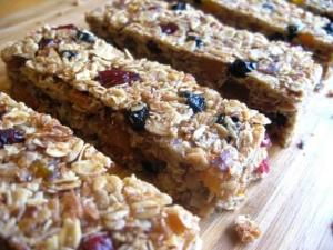 Sour Cream Bars With Raisins