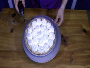 How to Make Swiss Meringue - The Aubergine Chef HD