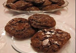 Crunchy Chewy Chocolate Drop cookie