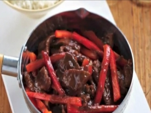 Beef & Plum Stir-Fry, Mains, 4 Ingredients, Cooking with Kim, Kids