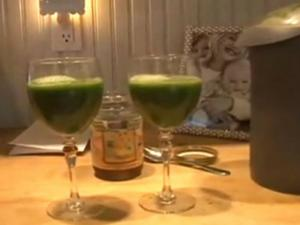 Green Juice with Taylor Wells