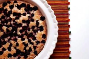 Baked Berry Pudding