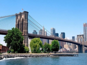 New York Travel Guide - Top 10 Must-See Attractions