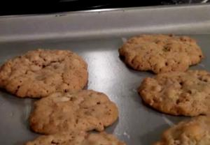 Cornflake Oats And Chocolate Chip Cookies