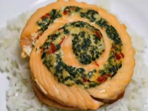Salmon Feta Spinach Pinwheel