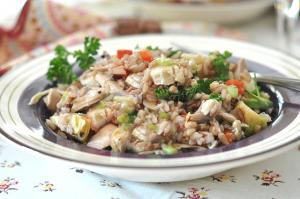 Brown Rice and Chicken Salad with Wine Dressing