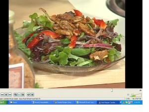 Red Pepper and Candied Pecan Salad