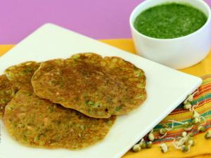 Bajra, Rice and Sprouts Moong Puda by Tarla Dalal