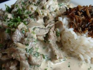Hamburger Stroganoff With Rice