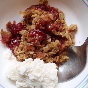 Quick Apple Cranberry Crispy