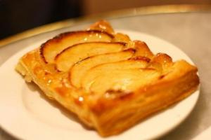 Caramelized Apple Wafer