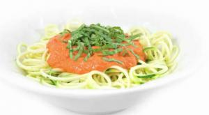 Raw Zucchini Pasta With Marinara Sauce