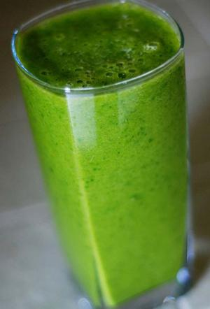 Green Rea and Red Kale Blended Drink