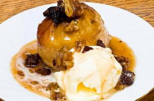 Baked Apples With Rum And Cider Sauce