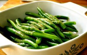 Green Beans With Hot Vinaigrette