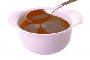 Minted Chocolate Fudge Sauce