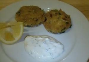 Healthy Low Carb Fried Crab Cakes