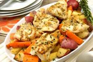 Poached Chicken with Vegetables