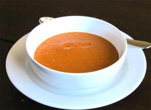 Creamy Tomato-Onion Soup