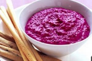 Beetroot and Yogurt Dip
