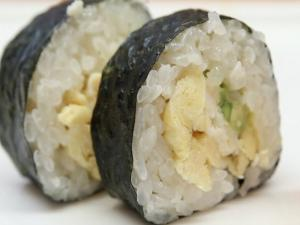 How to Make Sushi - Green Egg Sushi Rolls