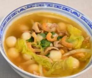 Glutinous Rice Balls Soup (Tong Yuen)