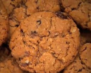 Raisin Oat Cookie