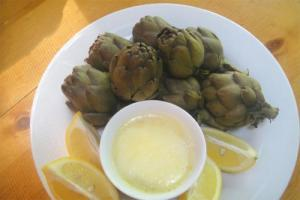Artichokes with Tarragon Butter