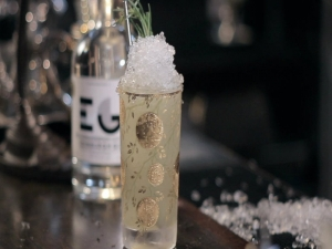 How to Make the Evergreen Swizzle Cocktail